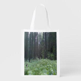 Bosque e hierba bolsas para la compra