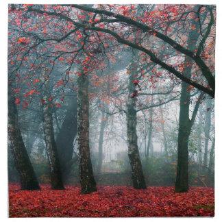Bosque rojo servilleta imprimida