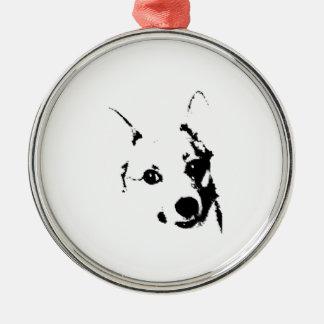 Bosquejo blanco y negro de la tinta del perro del adorno navideño redondo de metal