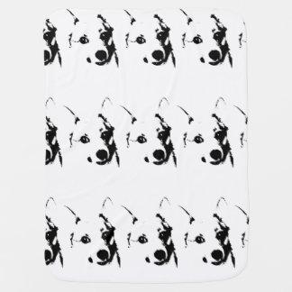 Bosquejo blanco y negro de la tinta del perro del  manta de bebé