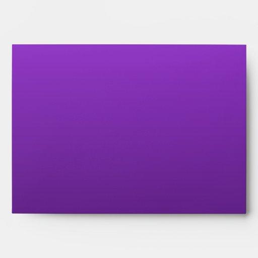 Bosquejo de la casa. Gris y púrpura