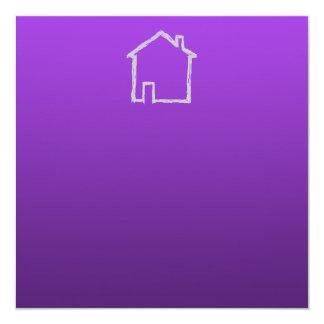 """Bosquejo de la casa. Gris y púrpura Invitación 5.25"""" X 5.25"""""""