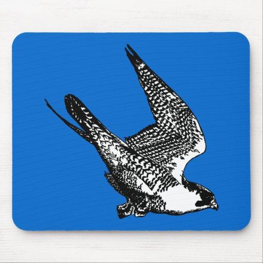 Bosquejo del halcón de peregrino mouse pads