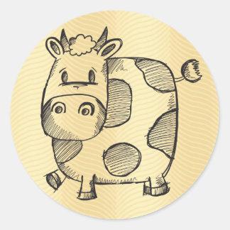 Bosquejo divertido de la vaca pegatina redonda