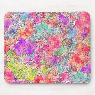 Bosquejo floral del dibujo de la acuarela rosada b tapetes de ratón