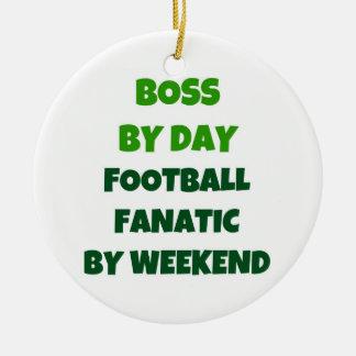 Boss del fanático del fútbol del día por fin de adorno navideño redondo de cerámica