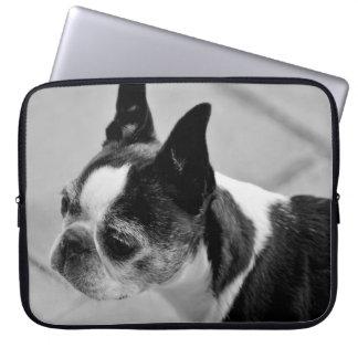Boston blanco y negro Terrier Mangas Computadora