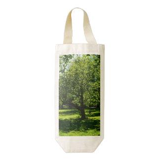 Boston Garden Zazzle HEART Wine Bag