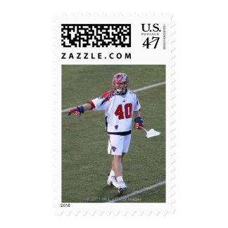 BOSTON, MA - 4 DE JUNIO:  Juan carga #40 Timbre Postal
