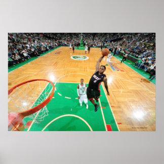 BOSTON, MA - 9 DE MAYO: LeBron James #6 de la Miam Póster