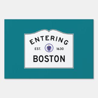 Boston que entra letrero