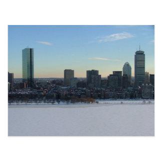 Boston y el río Charles congelado Postales