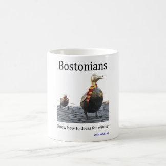 Bostonians sabe vestirse para la taza del invierno