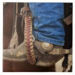 Bota de vaquero con el estímulo tejas  ceramicas