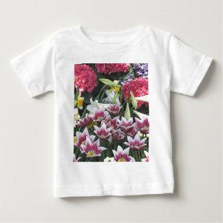 Botanical Gardens: Spring Bulbs (pastel effect) T-shirts