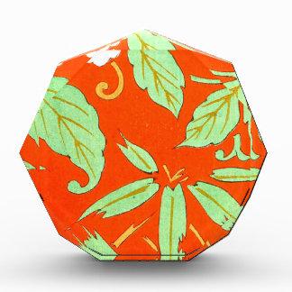 Botánico asiático anaranjado