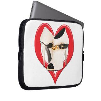 Botas de cuero blancas del corazón con la cadena d mangas portátiles