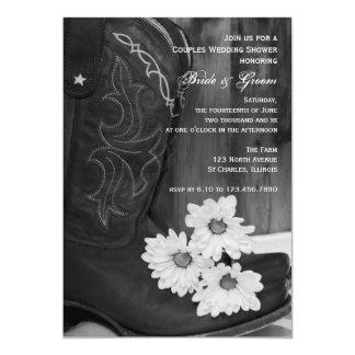 Botas de vaquero y pares de las margaritas que invitación 12,7 x 17,8 cm