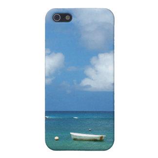 Bote de remos en el agua iPhone 5 carcasa