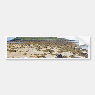 Bote en la playa pegatina para auto