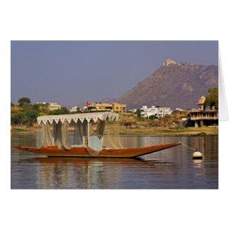Bote pequeño lago Pichola Udaipur la India Felicitación