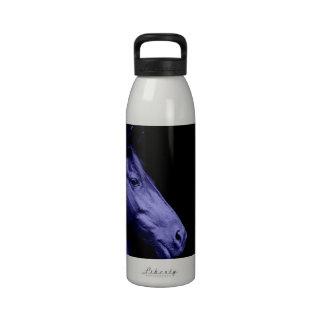 Botella de agua azul del diseño del caballo