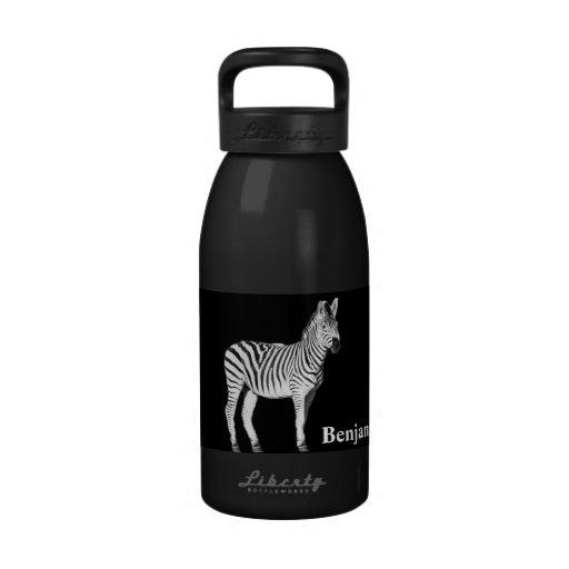 Botella de agua blanco y negro de la cebra