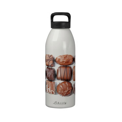 Botella de agua clasificada de los chocolates