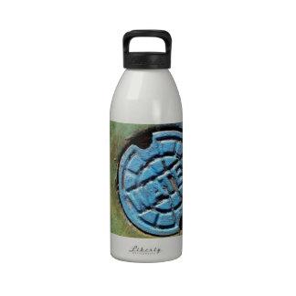 Botella de agua de la cubierta de boca