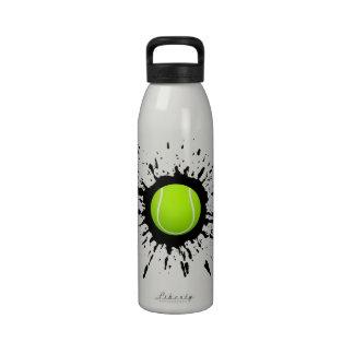 Botella de agua de la explosión del tenis