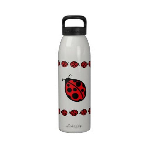 Botella de agua de la mariquita