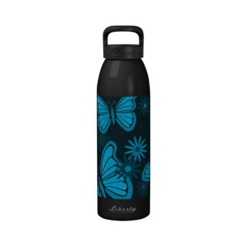 Botella de agua de las mariposas de la noche