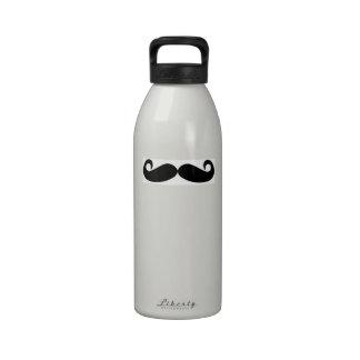 Botella de agua del bigote