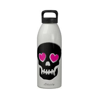 Botella de agua del cráneo del corazón del caramel