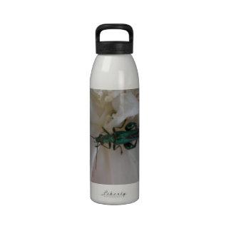 Botella de agua del escarabajo de la flor