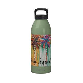 Botella de agua del pelotón de la palma