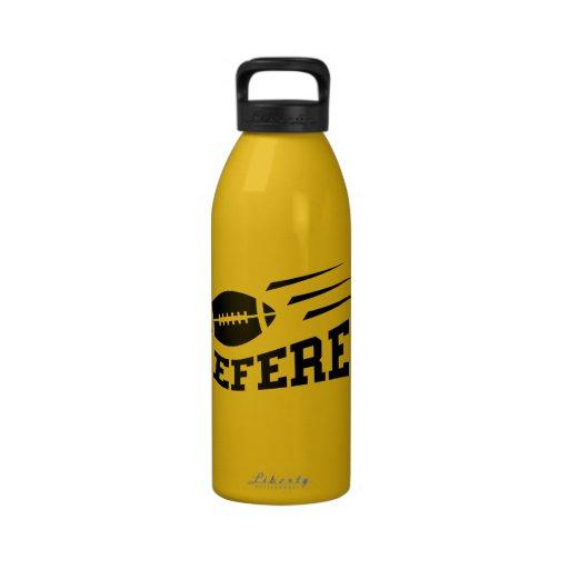 Botella de agua fresca de los deportes del árbitro