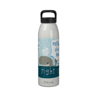 botella de agua linda de la ballena