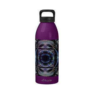 Botella de agua púrpura