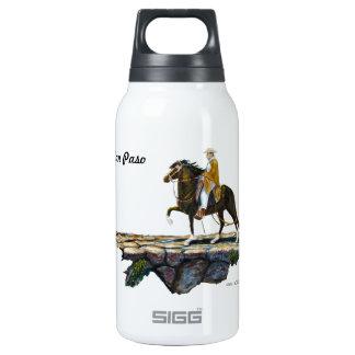 Botella de agua, rastro de montaña peruano