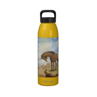 Botella de agua solitaria del mustango