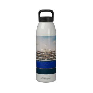 Botella de agua - tiro de la nave de la caída 2012