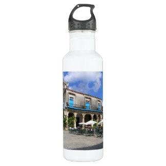 Botella de agua vieja de La Habana