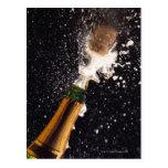 Botella de estallido del champán postales