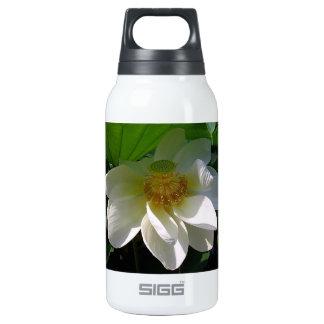 Botella de la libertad con la flor de Lotus blanco