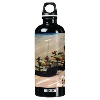 Botella de la libertad del hombre del tanque
