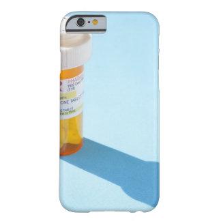 Botella de píldora por completo de medicación funda para iPhone 6 barely there