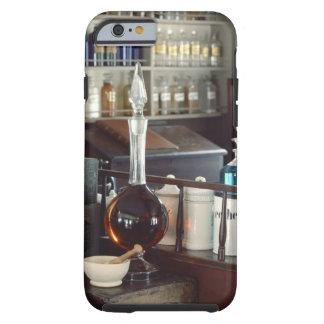 Botellas antiguas de la farmacia funda resistente iPhone 6