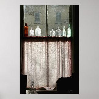 Botellas antiguas en la ventana, Carson City, Neva Póster