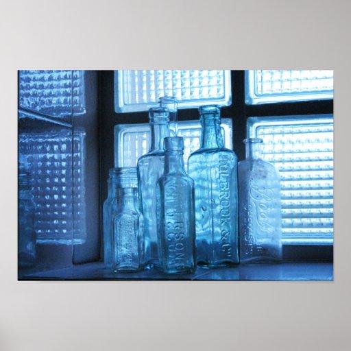 Botellas azules póster